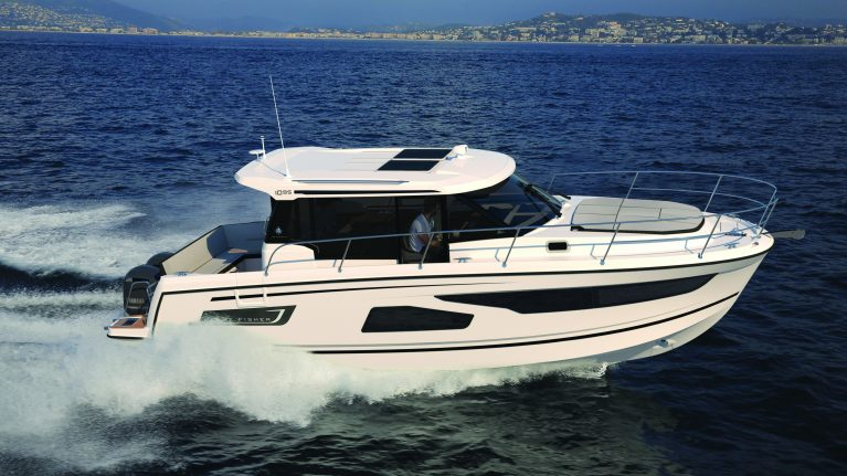 Premiere for Jeanneau Merry Fisher 1095 at Sydney Boat Show